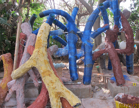 SCULPTURE FAMILY TREE