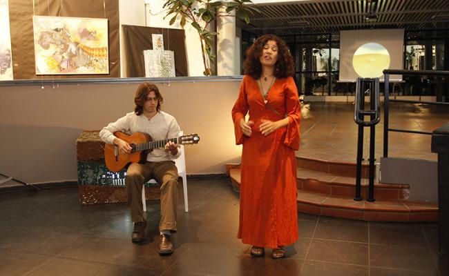 A_Beautiful_Israel-Daphna_Margolin-04